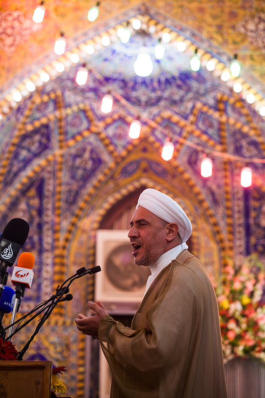 جمال الدوسري: الإمام الحسين عليه السلام هو إمام للإنسانية 730689_IMG_5605