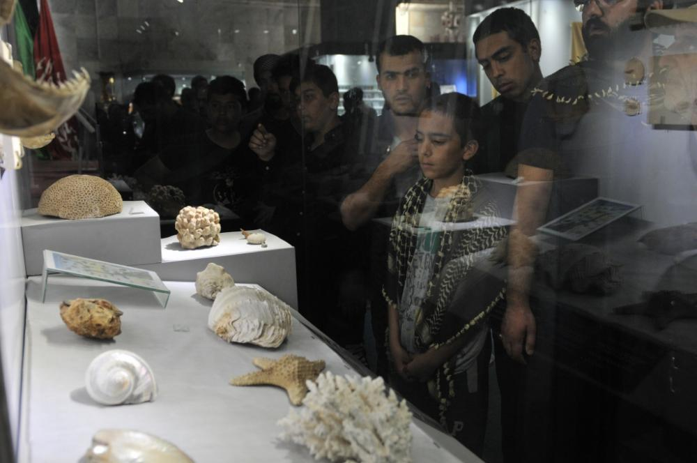Large numbers of pilgrims have visited the Al-Kafeel Museum for Treasures and Manuscripts during the Ziyarat Arba'een.