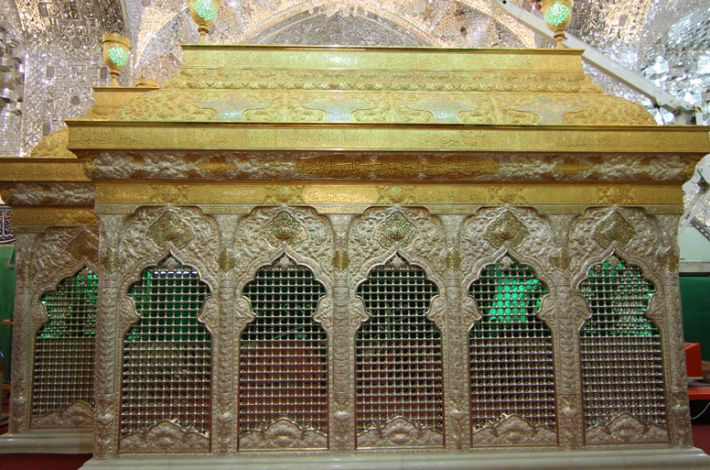 The new holy windowed cage of the Imam Hussein holy tomb