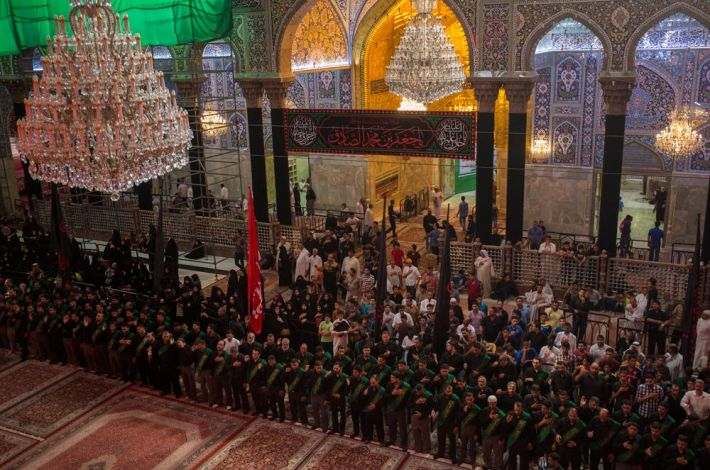Funeral procession at the holy shrine of Imam Al-Hussayn