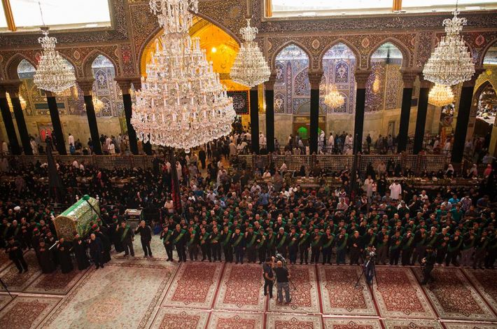 The procession at the holy shrine of Imam Al-Hussayn (peace be upon him)